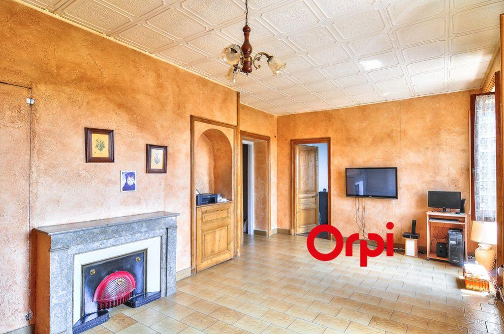 Appartement à vendre 3 96m2 à Tassin-la-Demi-Lune vignette-1