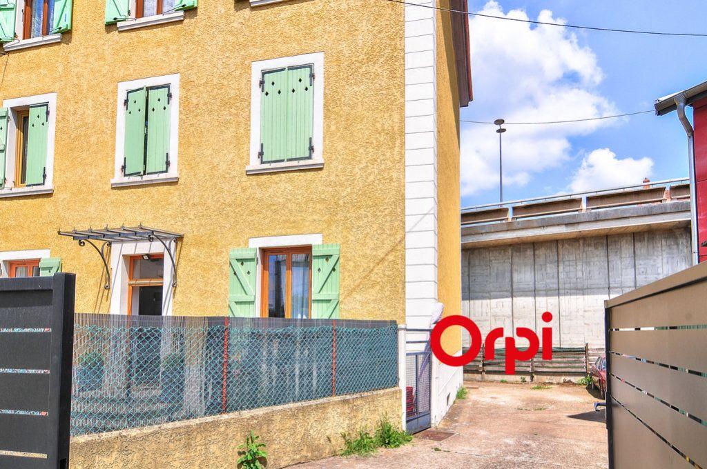 Appartement à vendre 3 96m2 à Tassin-la-Demi-Lune vignette-10