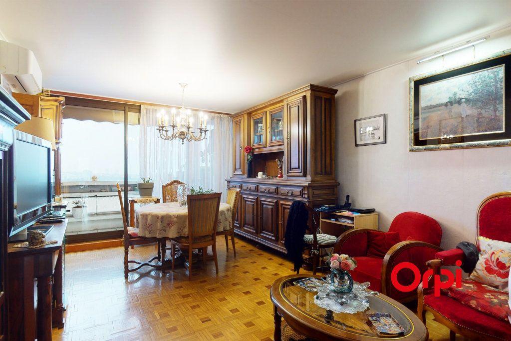 Appartement à vendre 3 74m2 à Lyon 9 vignette-2