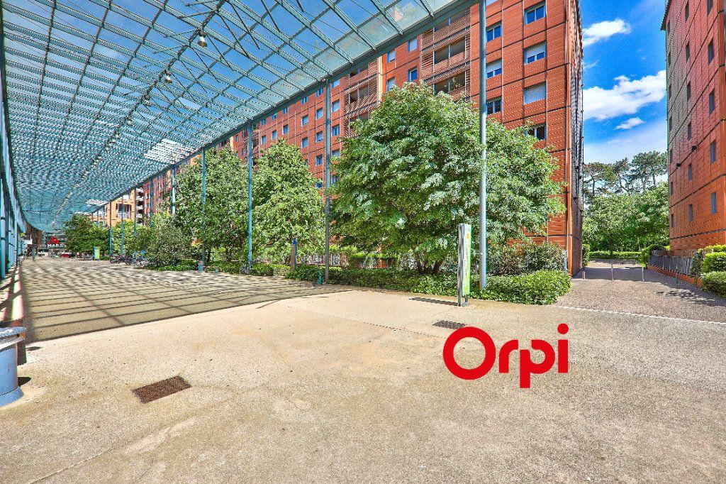 Appartement à vendre 5 127.83m2 à Lyon 6 vignette-2