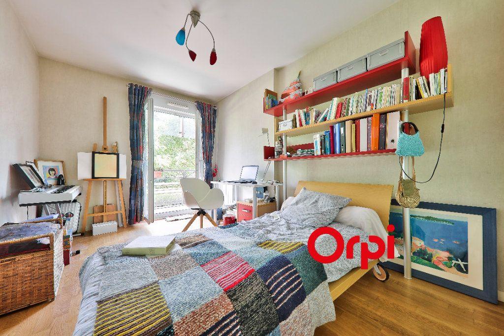 Appartement à vendre 5 127.83m2 à Lyon 6 vignette-8