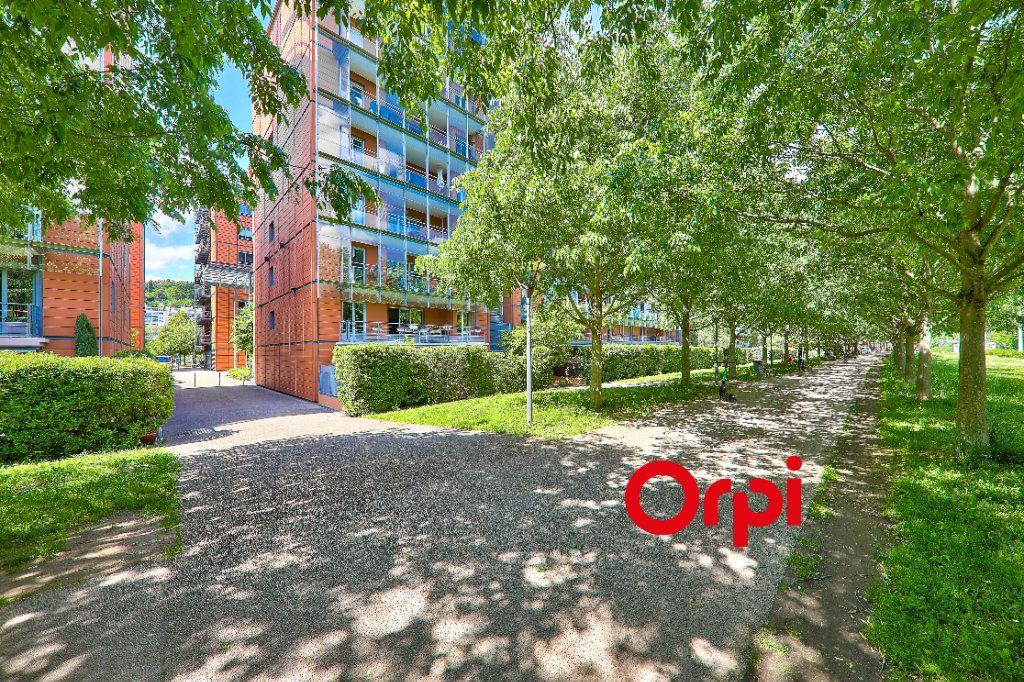 Appartement à vendre 5 127.83m2 à Lyon 6 vignette-10