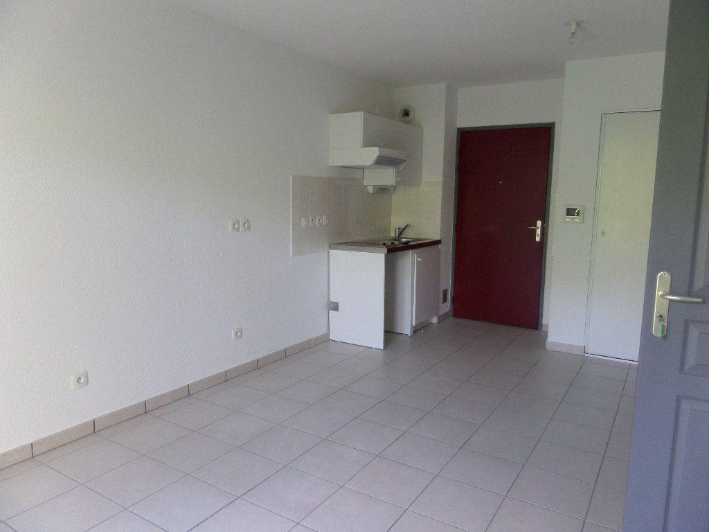 Appartement à louer 2 45.08m2 à Scionzier vignette-2