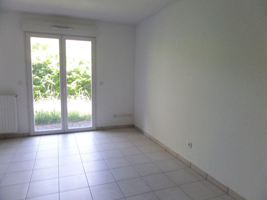 Appartement à louer 2 45.08m2 à Scionzier vignette-3