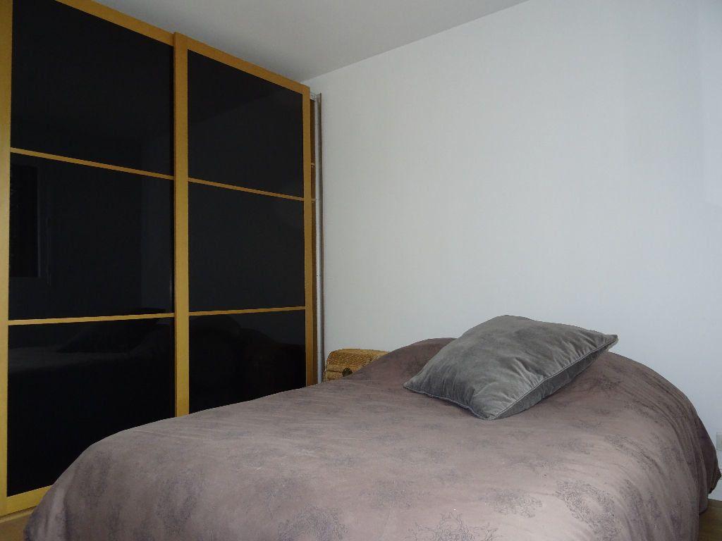 Appartement à louer 2 48m2 à Eaubonne vignette-3