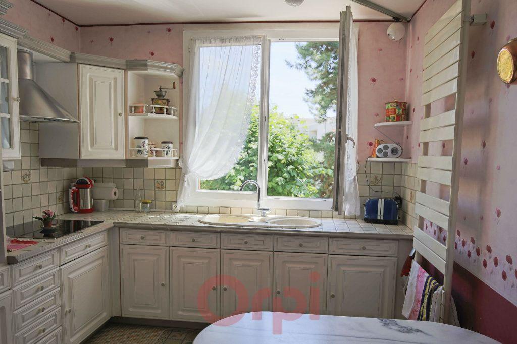 Appartement à vendre 3 69m2 à Montmorency vignette-2