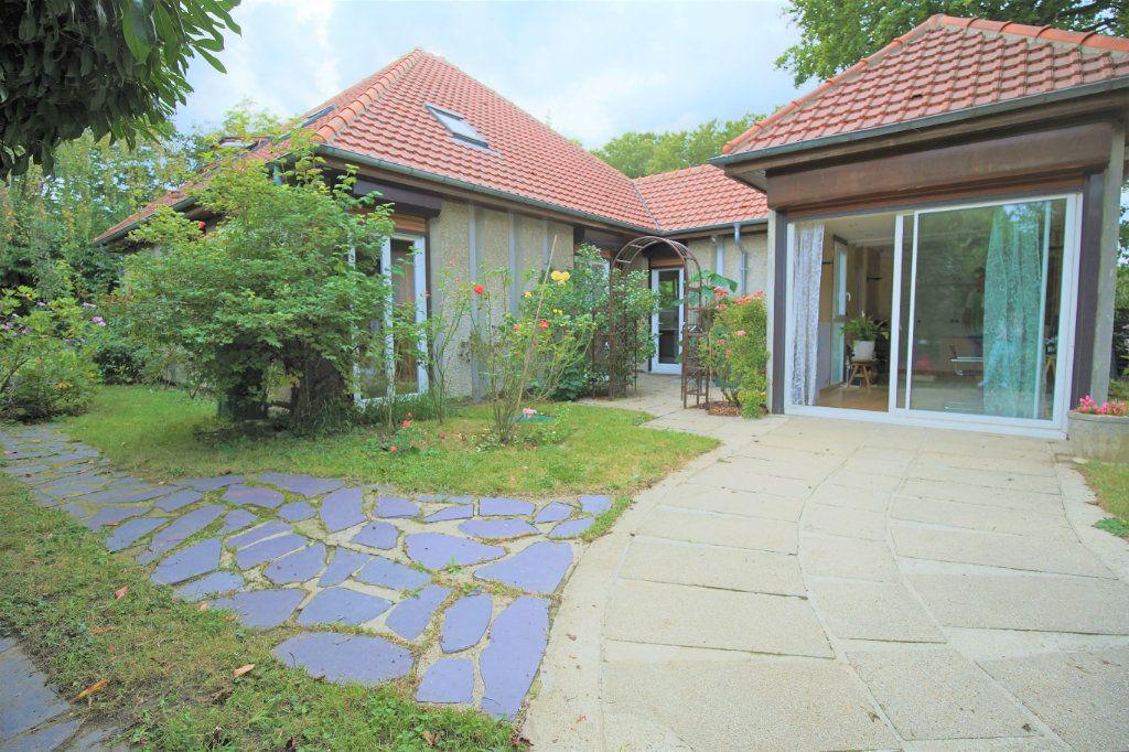 Maison à vendre 7 180m2 à Eaubonne vignette-1
