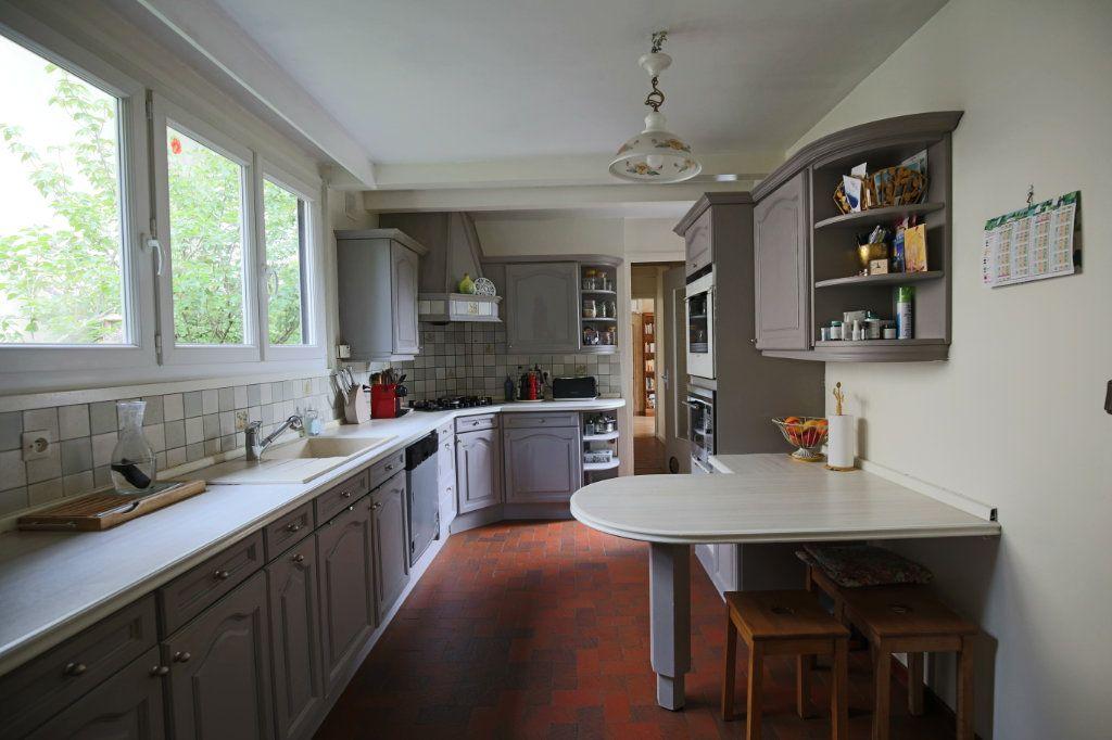 Maison à vendre 7 180m2 à Eaubonne vignette-3
