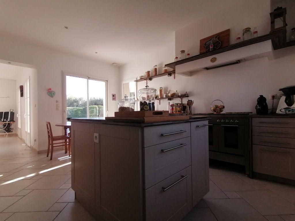 Maison à vendre 8 183.65m2 à Saint-André-de-Cubzac vignette-2
