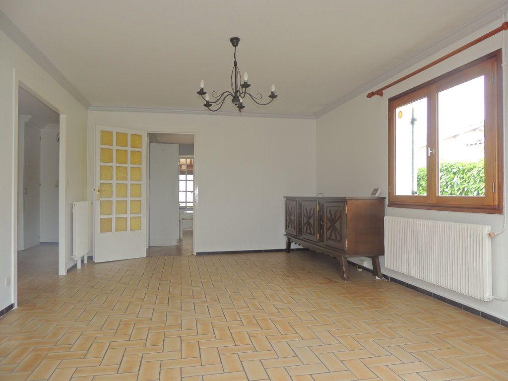 Maison à vendre 4 105.76m2 à Mérignac vignette-2