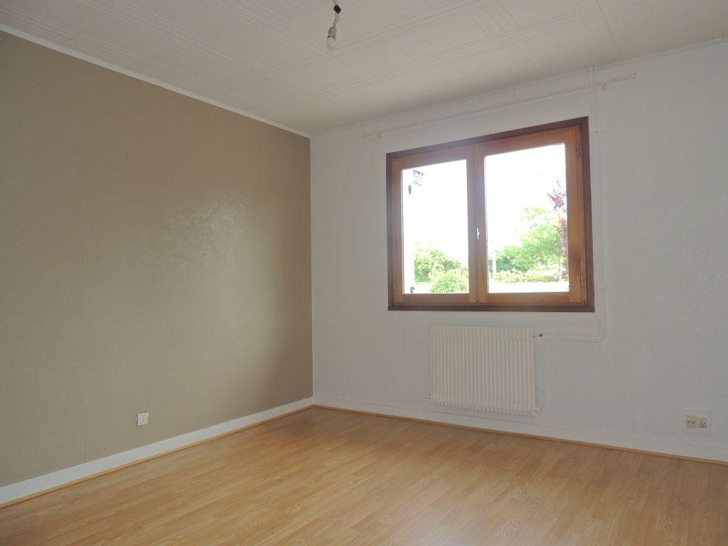 Maison à vendre 4 105.76m2 à Mérignac vignette-5