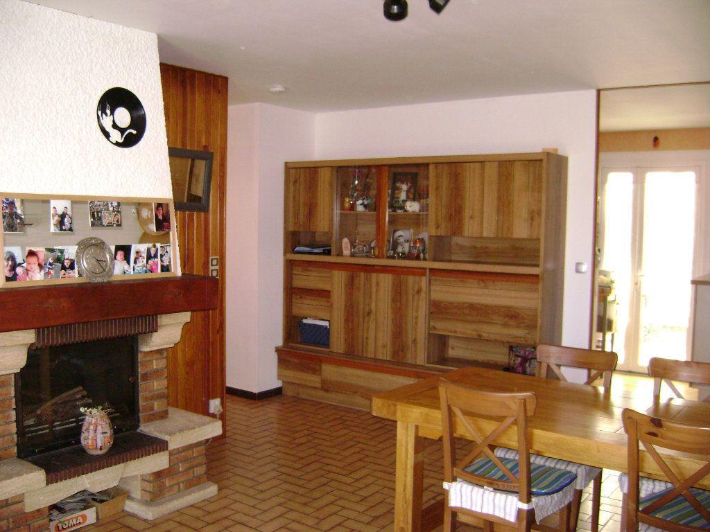 Maison à vendre 5 115.89m2 à Marsas vignette-3