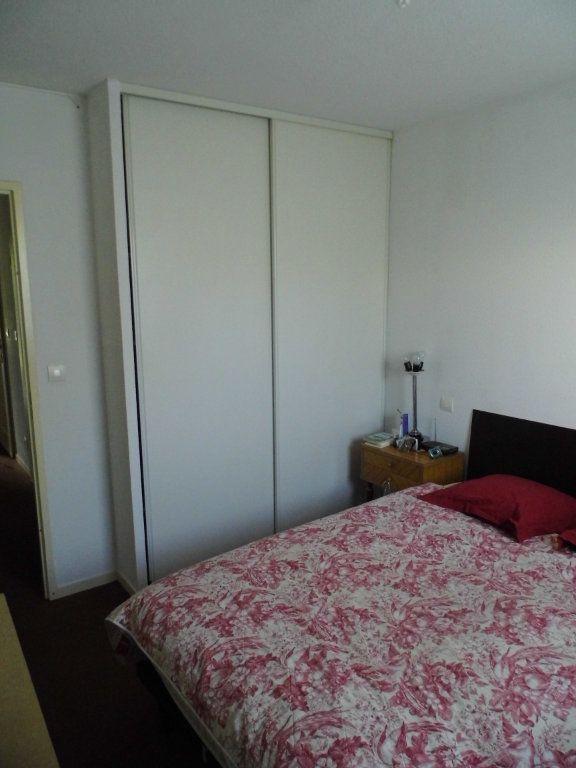Appartement à vendre 3 77.67m2 à Saint-André-de-Cubzac vignette-3