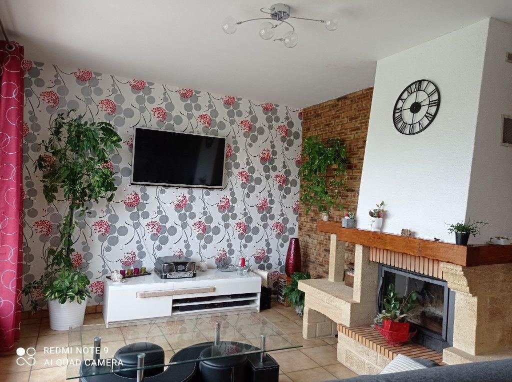 Maison à vendre 5 146m2 à Montendre vignette-6