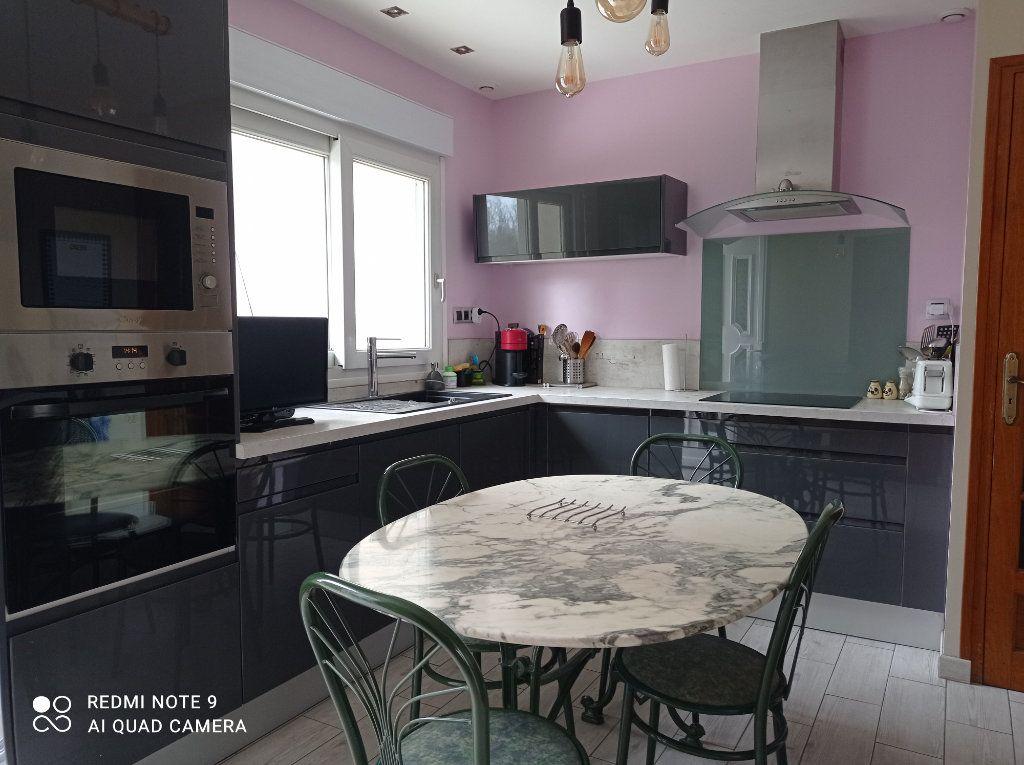 Maison à vendre 5 146m2 à Montendre vignette-9