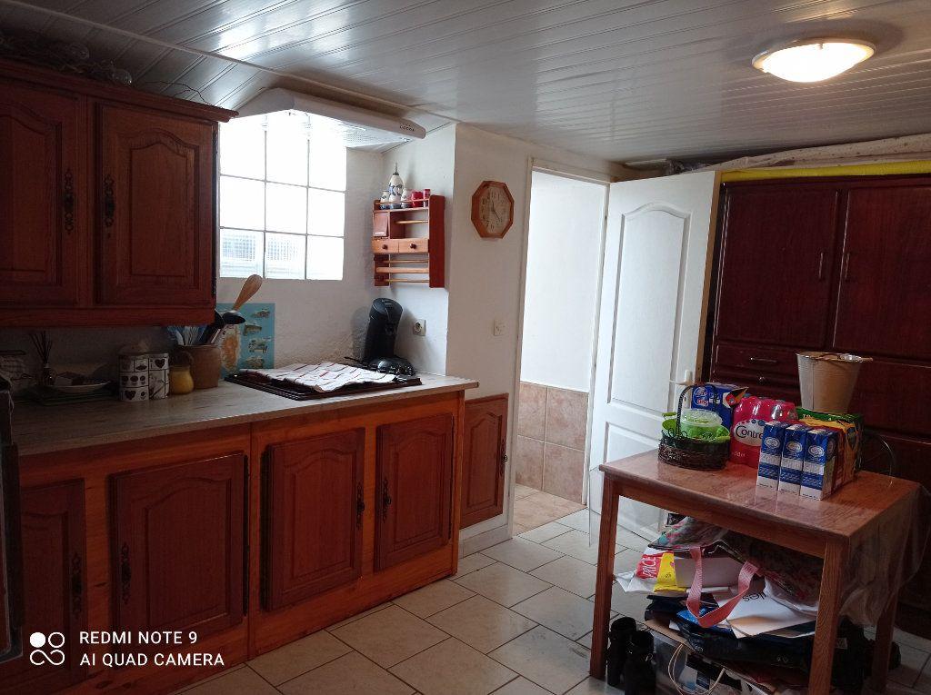 Maison à vendre 5 146m2 à Montendre vignette-10