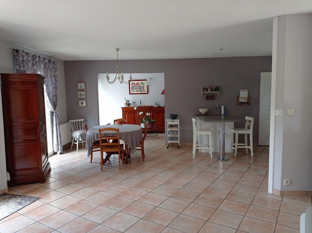 Maison à vendre 5 123m2 à Saint-André-de-Cubzac vignette-4