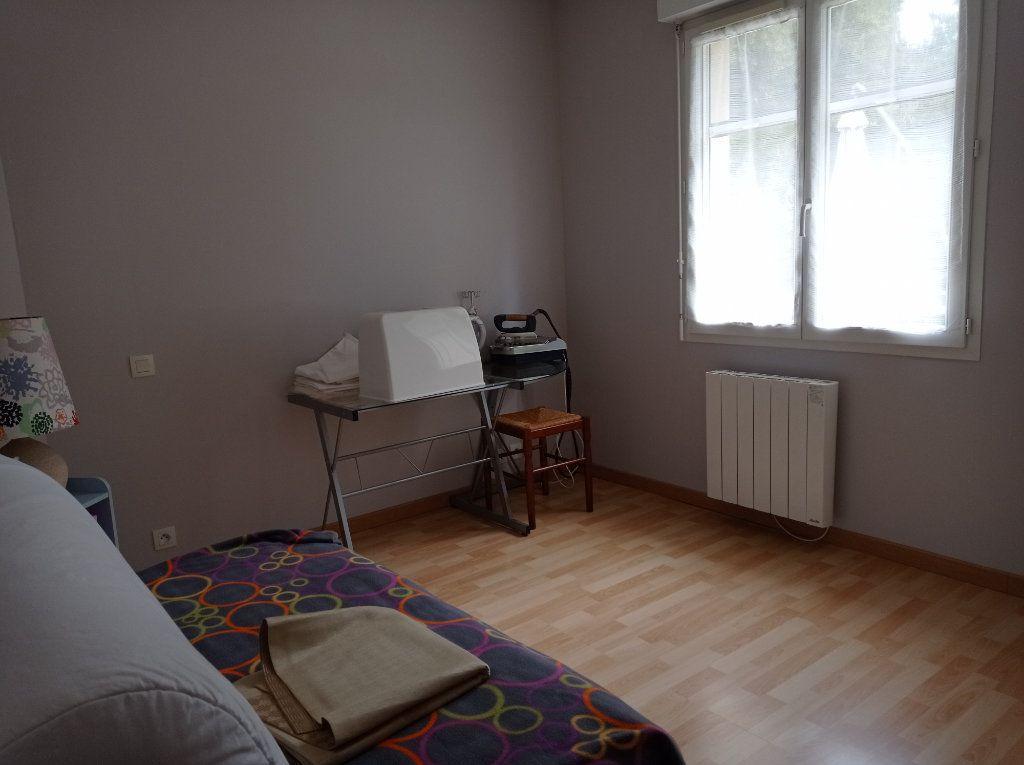 Maison à vendre 5 123m2 à Saint-André-de-Cubzac vignette-9