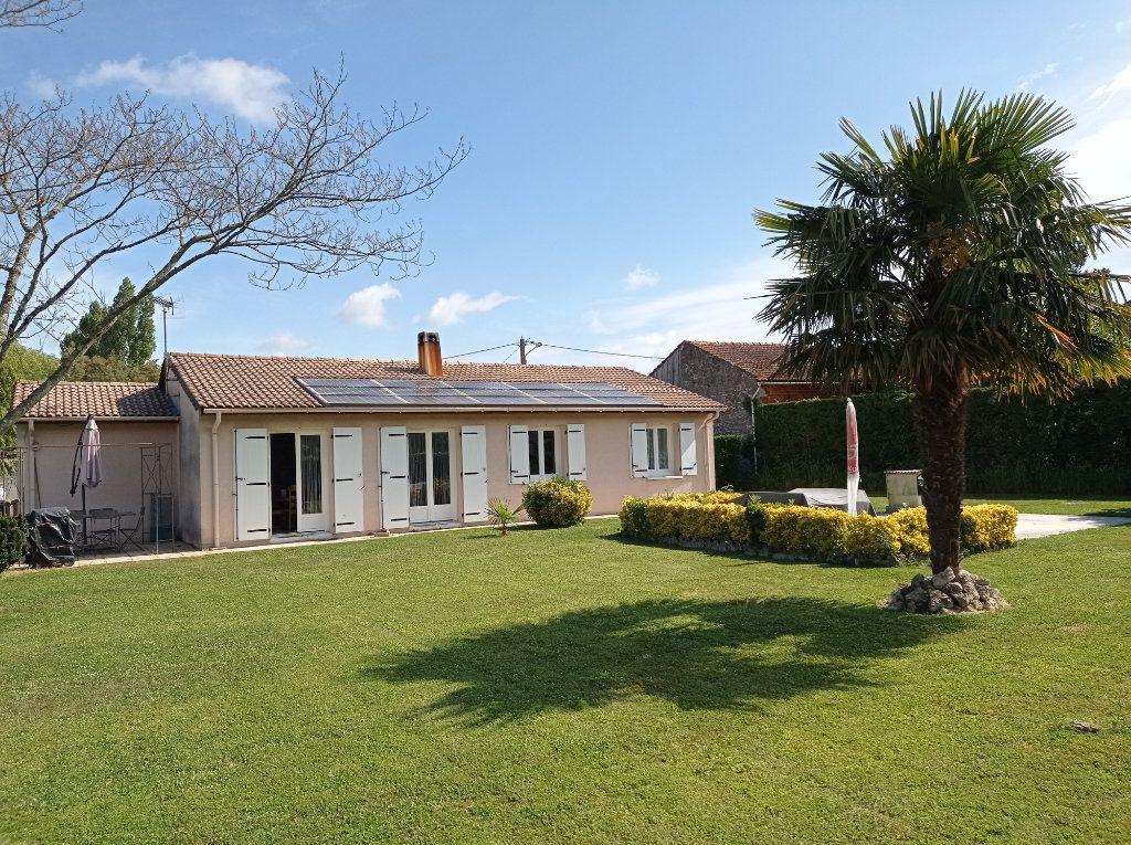 Maison à vendre 4 88m2 à Gauriaguet vignette-1