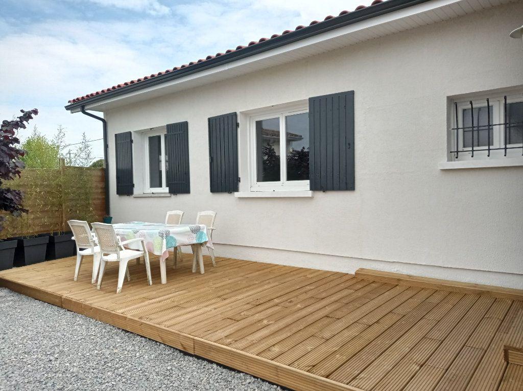 Maison à vendre 5 104m2 à Saint-André-de-Cubzac vignette-8
