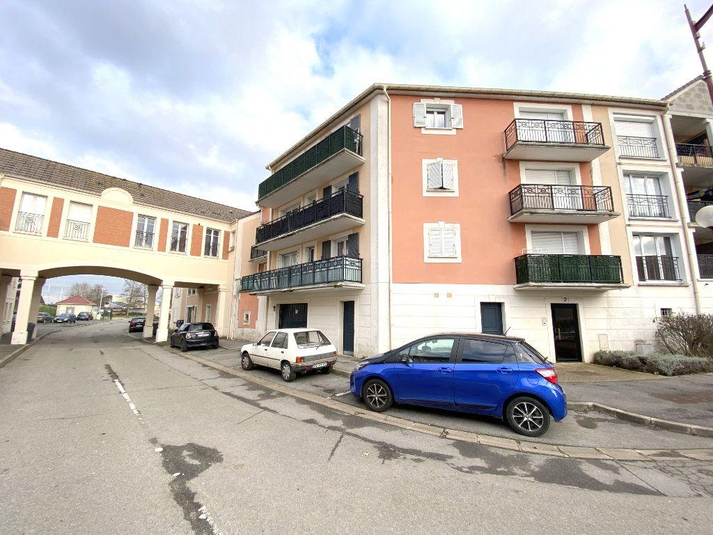 Appartement à vendre 1 23.9m2 à Villeparisis vignette-1