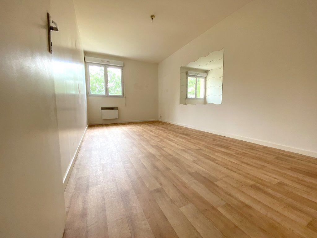 Maison à vendre 3 90m2 à Le Pin vignette-4