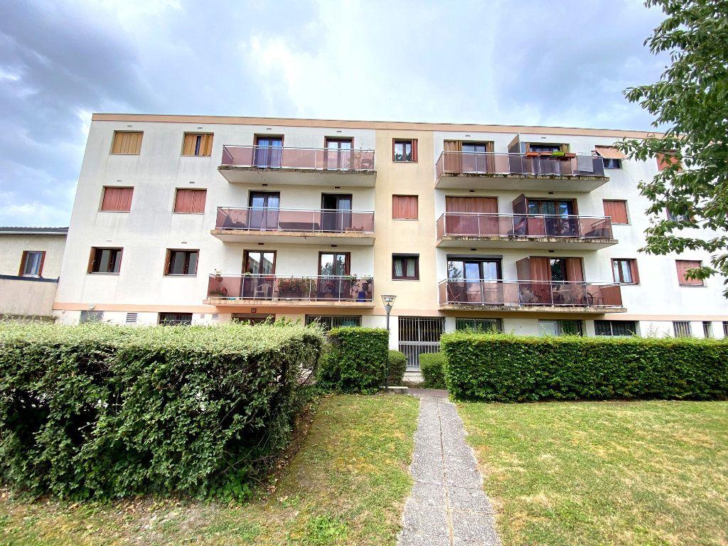Appartement à vendre 3 64m2 à Villeparisis vignette-1