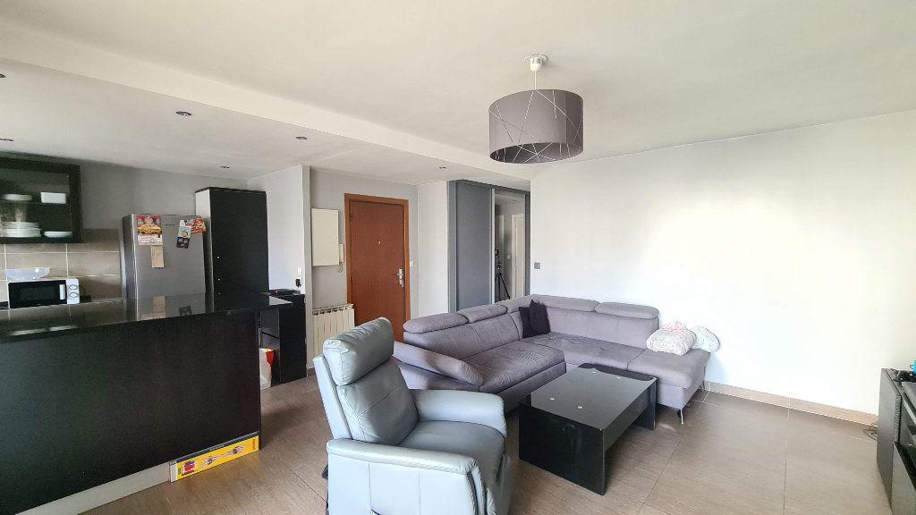 Appartement à vendre 3 64m2 à Villeparisis vignette-2