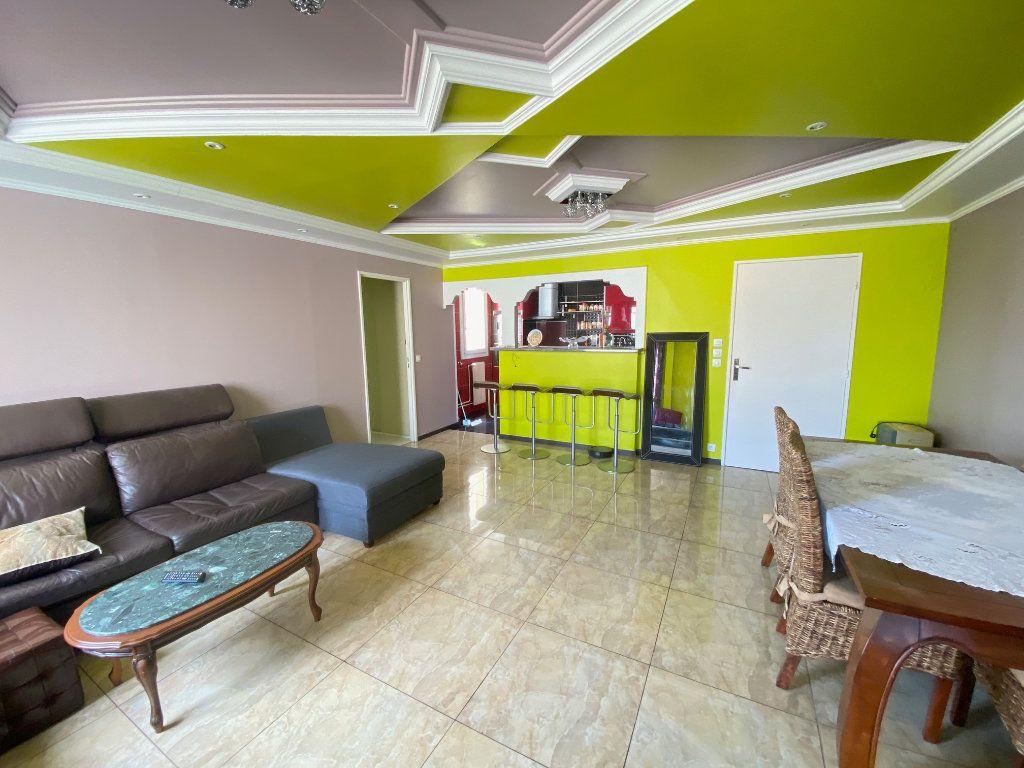 Appartement à vendre 3 70.77m2 à Villeparisis vignette-3
