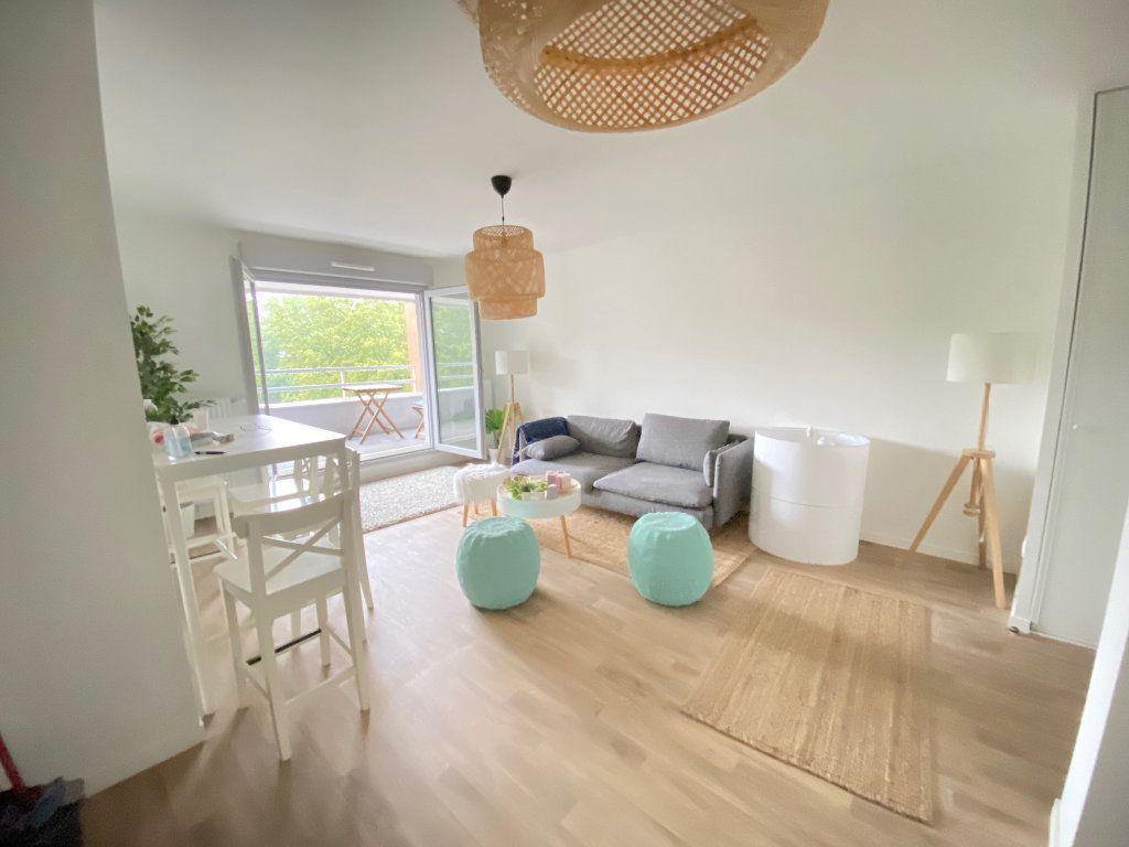 Appartement à vendre 3 57.88m2 à Tremblay-en-France vignette-2