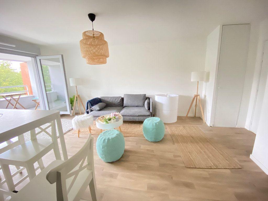 Appartement à vendre 3 57.88m2 à Tremblay-en-France vignette-3