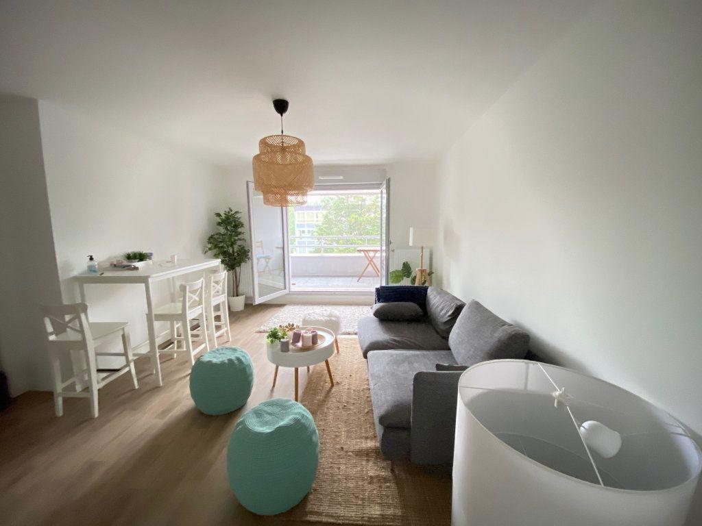 Appartement à vendre 3 57.88m2 à Tremblay-en-France vignette-5