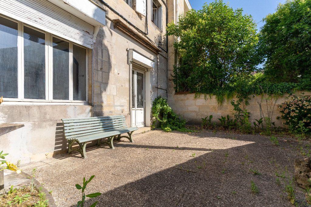 Maison à vendre 10 215m2 à Bordeaux vignette-2