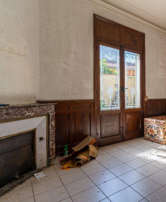 Maison à vendre 10 215m2 à Bordeaux vignette-4