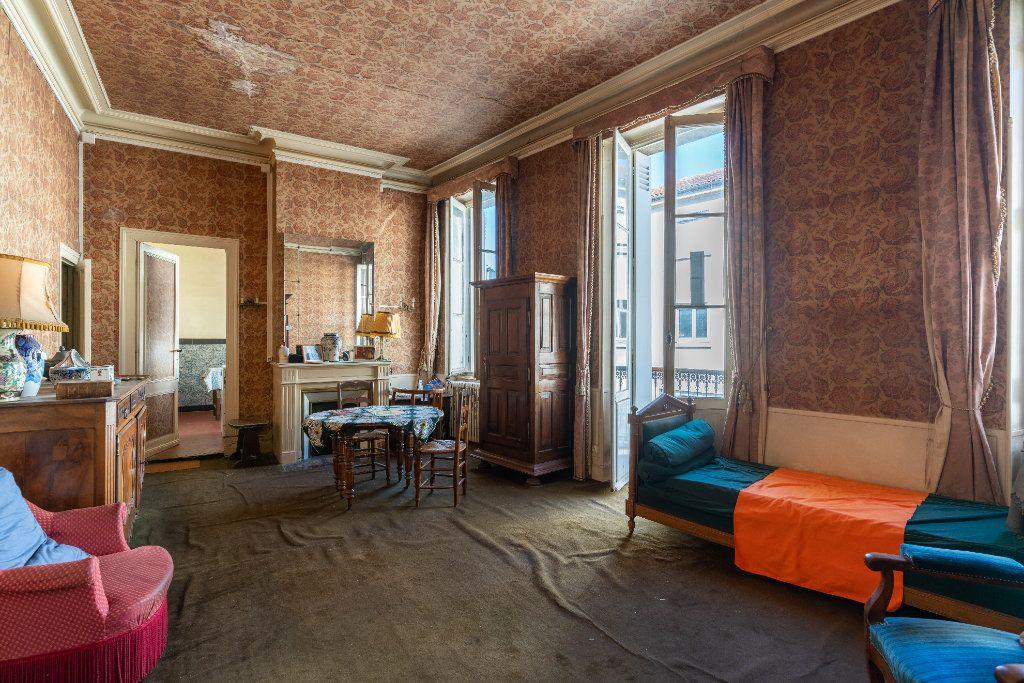 Maison à vendre 10 215m2 à Bordeaux vignette-5