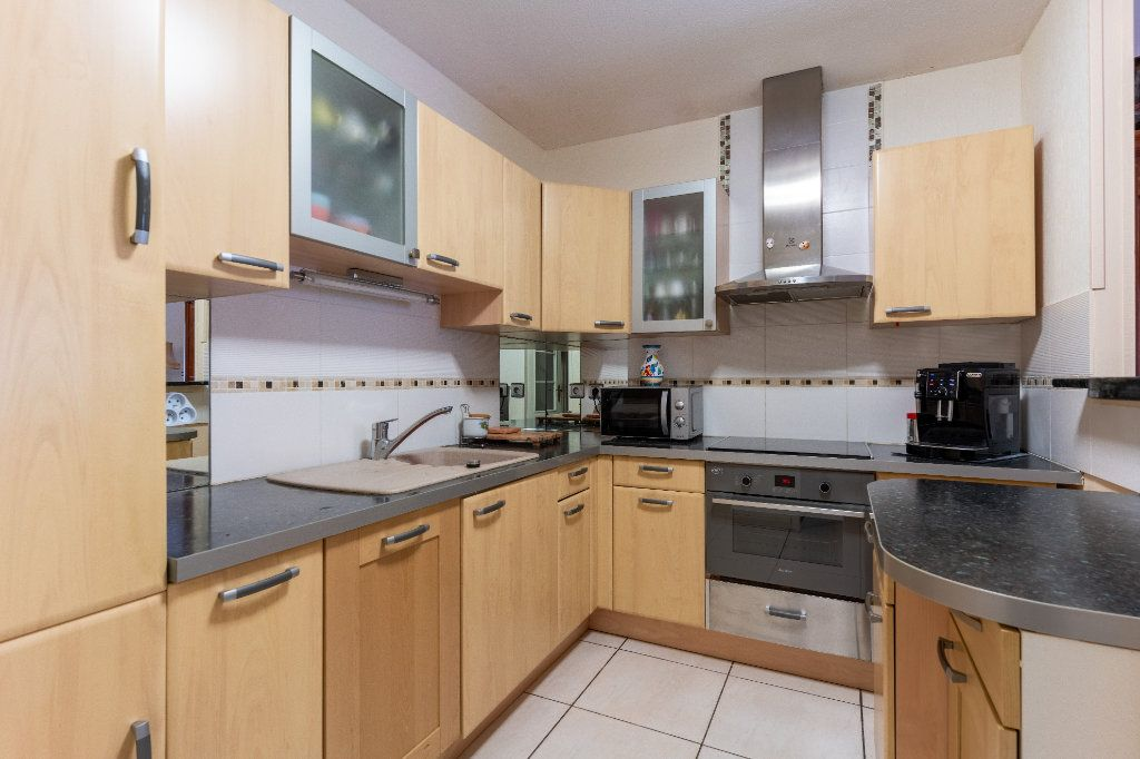 Appartement à vendre 3 70.35m2 à Arcachon vignette-3