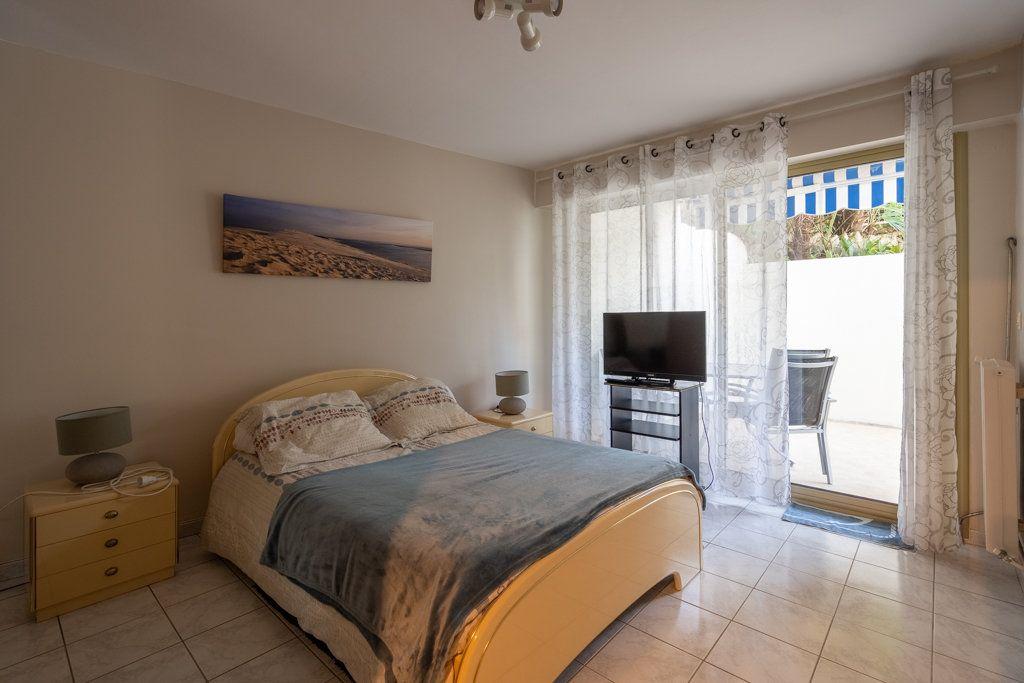Appartement à vendre 3 63.18m2 à Arcachon vignette-5