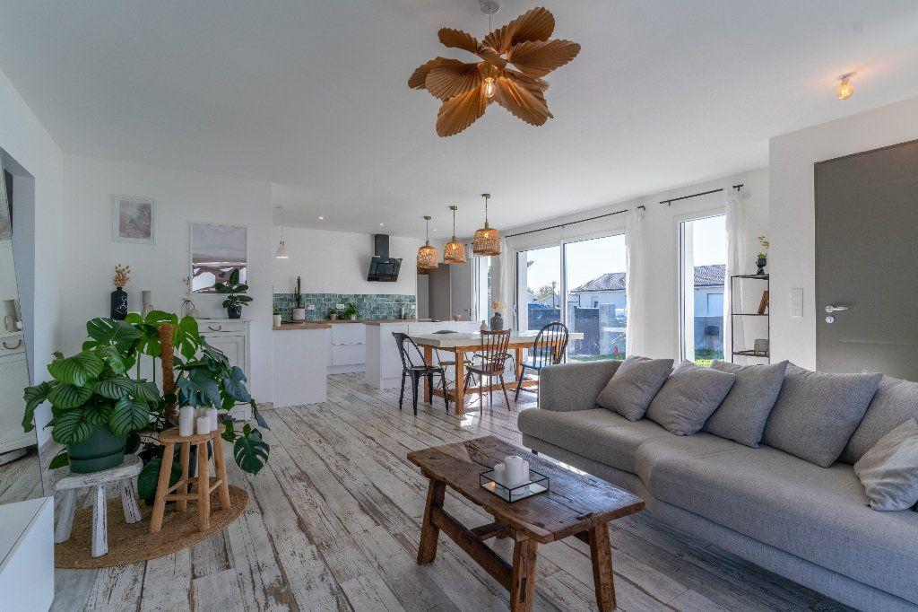 Maison à vendre 4 90m2 à Parentis-en-Born vignette-5