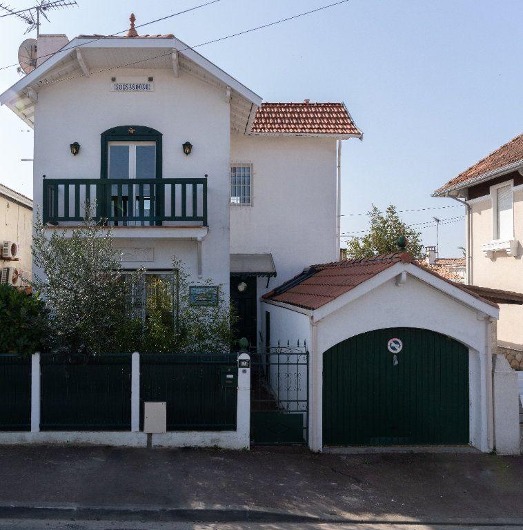 Maison à vendre 5 85m2 à Arcachon vignette-2
