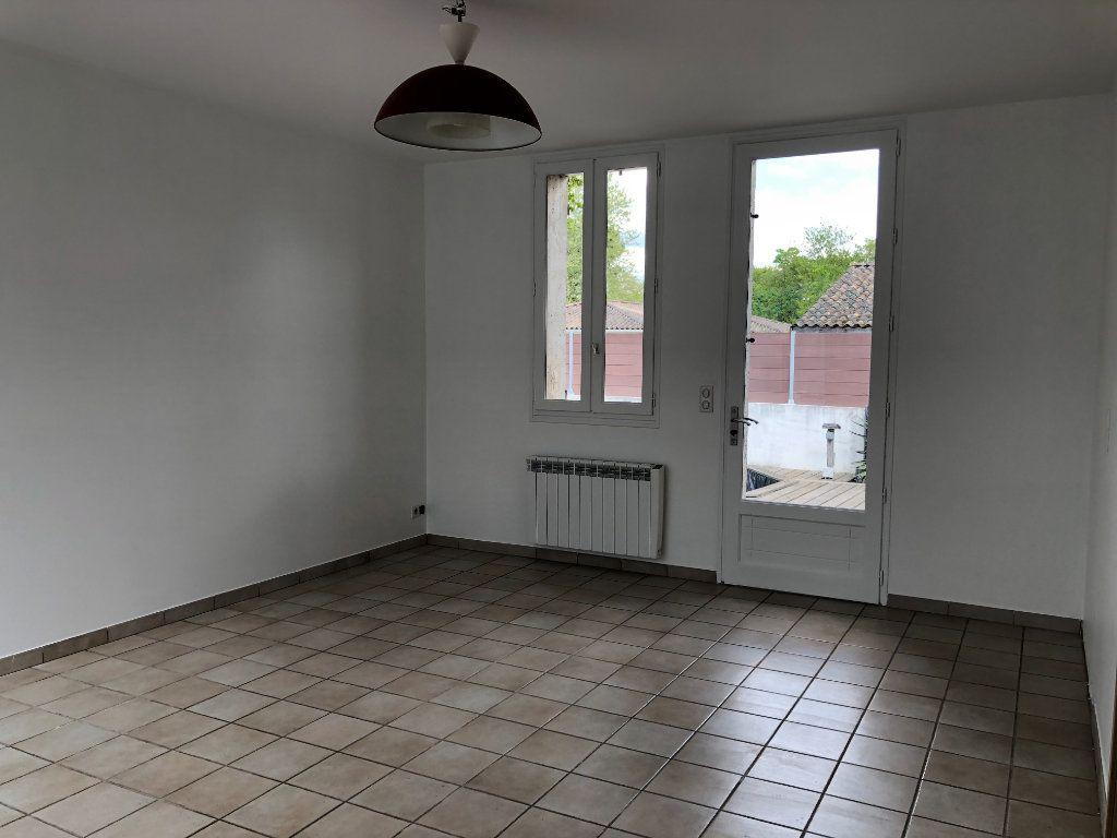 Maison à vendre 4 115m2 à Ychoux vignette-4