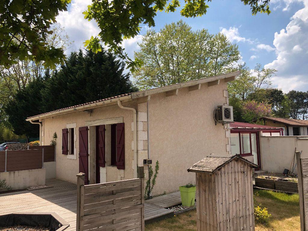 Maison à vendre 4 115m2 à Ychoux vignette-7