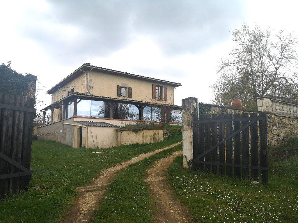 Maison à vendre 6 150m2 à La Rochefoucauld vignette-1