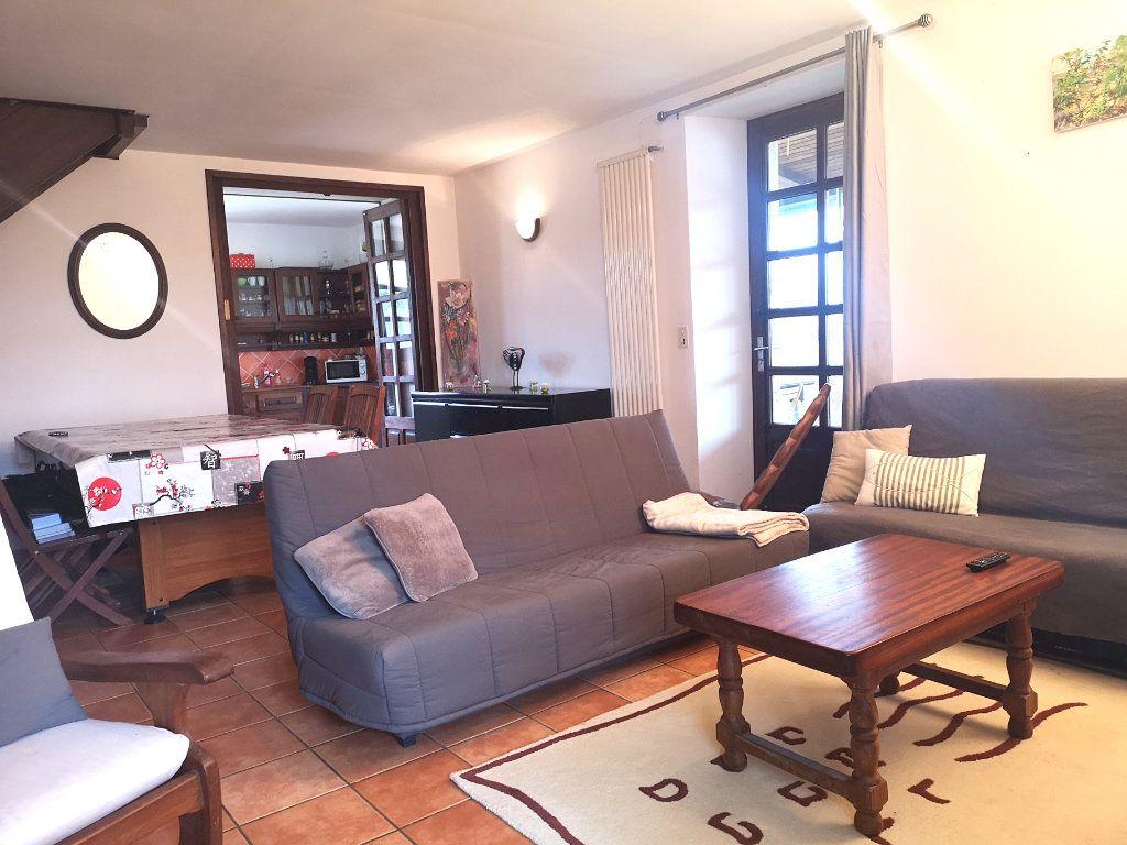 Maison à vendre 6 150m2 à La Rochefoucauld vignette-2
