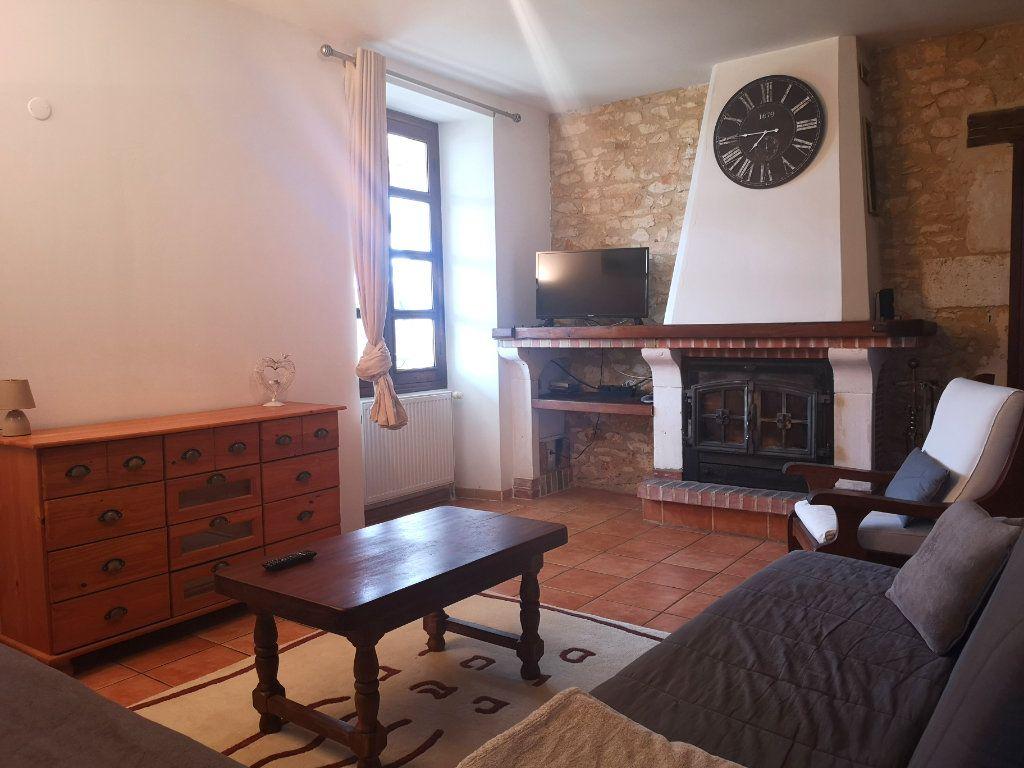 Maison à vendre 6 150m2 à La Rochefoucauld vignette-3