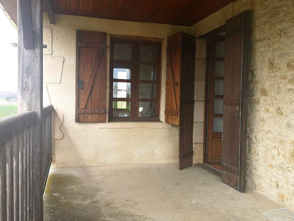 Maison à vendre 6 150m2 à La Rochefoucauld vignette-12