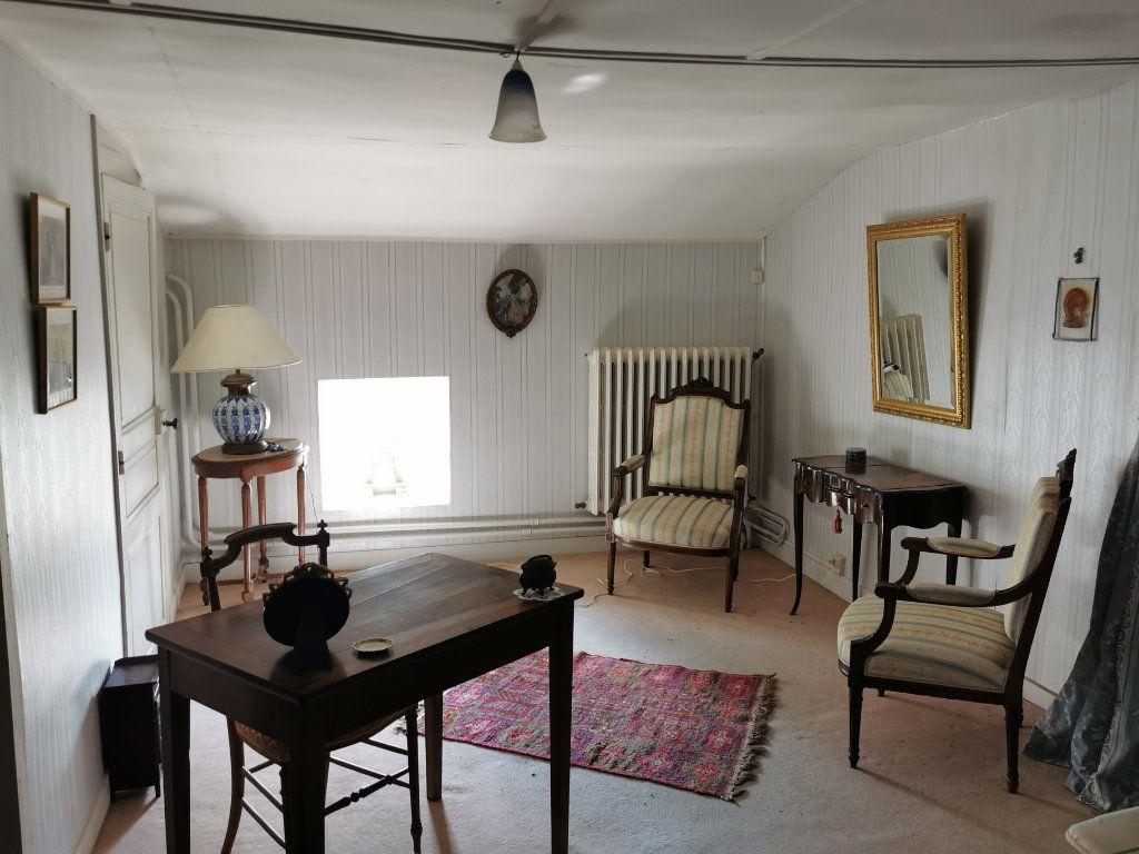 Maison à vendre 6 157m2 à La Rochefoucauld vignette-6