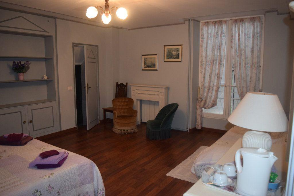 Maison à vendre 11 506m2 à La Rochefoucauld vignette-7