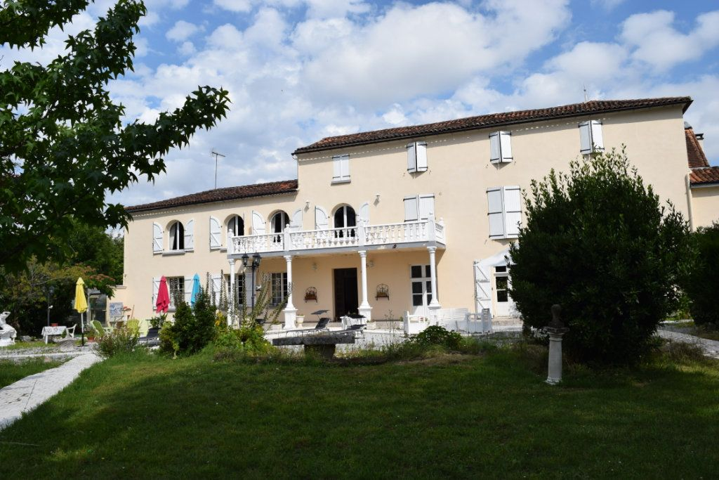 Maison à vendre 11 506m2 à La Rochefoucauld vignette-11