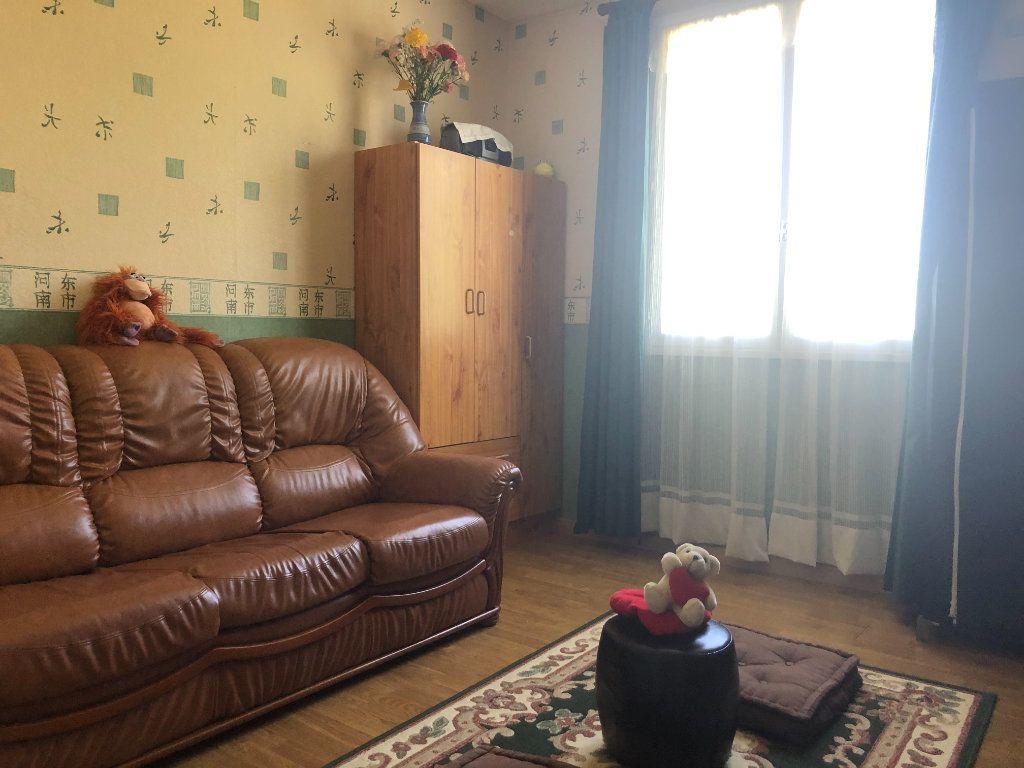 Maison à vendre 4 88m2 à La Rochefoucauld vignette-5
