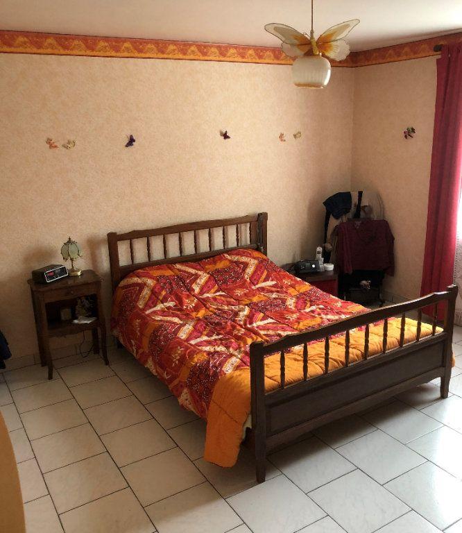 Maison à vendre 4 88m2 à La Rochefoucauld vignette-6